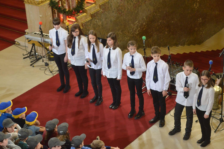 Parlamenti gyermekkarácsony 2017 - Bakáts Téri Ének-Zenei Általános Iskola kórusa