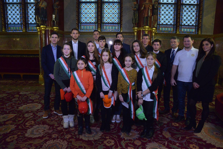 Parlamenti gyermekkarácsony 2017 - Kiemelkedő sportolóinkkal