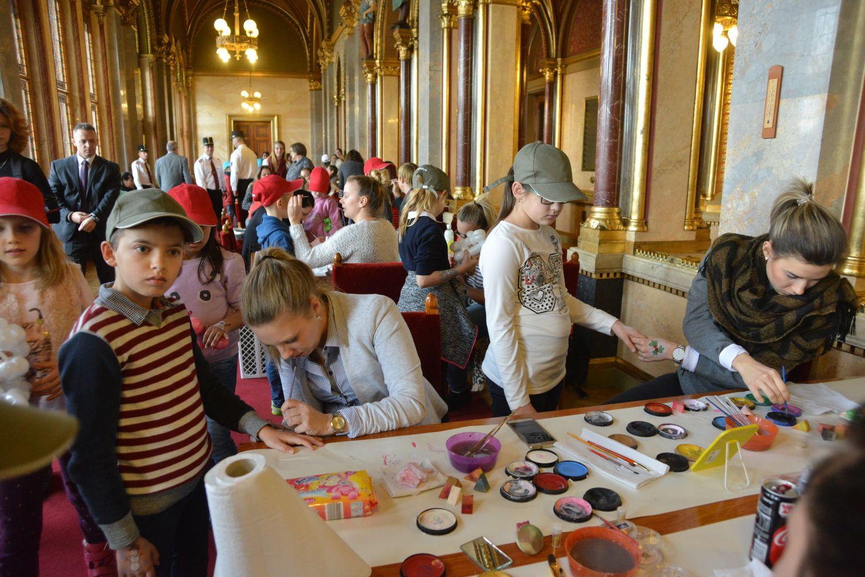 Parlamenti gyermekkarácsony 2017 - változatos programok várták a gyerekeket