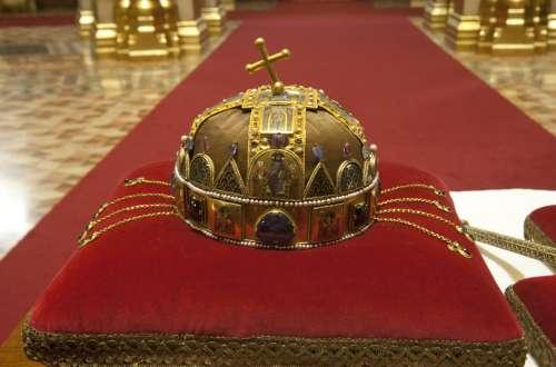 2014. augusztus 20-án, a nemzeti ünnep alkalmából nyílt nap lesz az Országházban